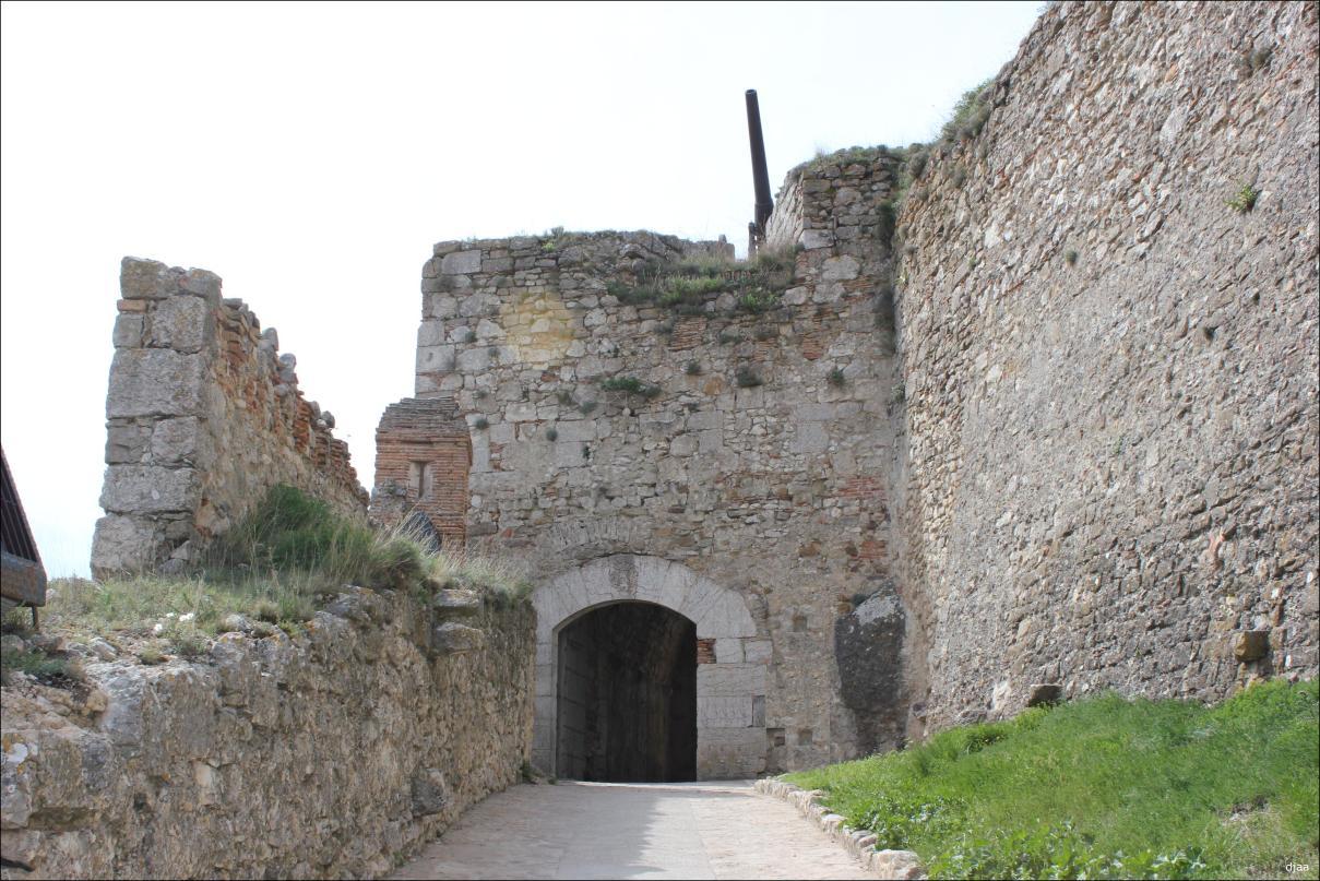 castillo de morella puerta principal
