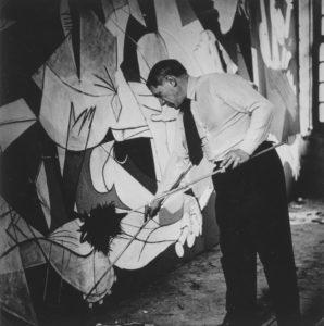 Picasso pintando el Guernica