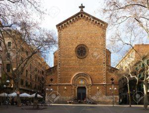 Plaza de la Virreina y la iParroquia de Sant Joan